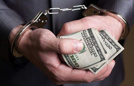 В Житомире капитан полиции получил $15 тысяч взятки от афериста
