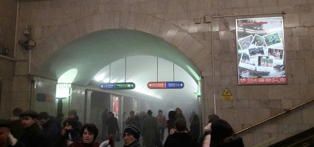 Теракт в петербургском метро: двое пострадавших во время взрыва в петербургском метро скончались в больнице