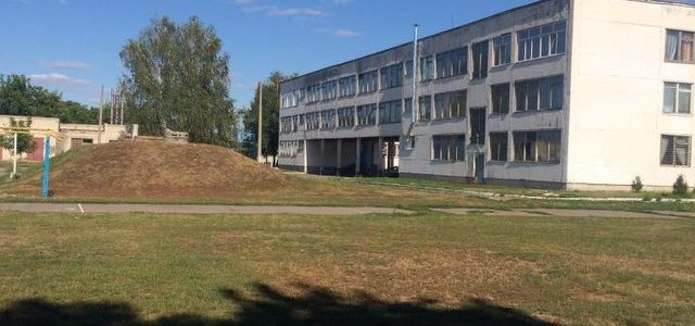Поліція Черкащини шукає розтрату на дні басейну, який будують за понад 7 млн грн