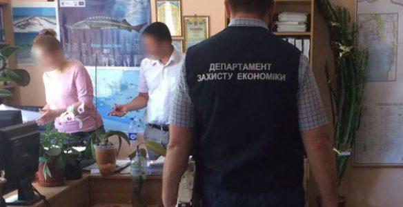 В Одесской обл. полиция задержала на взятке чиновников Государственной экологической инспекции