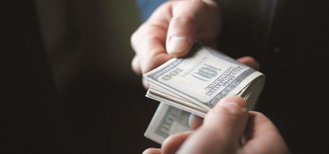 На Днепропетровщине замначальника исправительной колонии поймали на взятке в 16 тыс грн