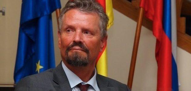 Спецпредставитель ФРГ выступил против дискуссий относительно статуса Крыма: Сначала Донбасс