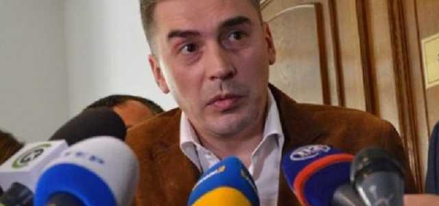 В приёмную к нардепу Добродомову ломятся орлы Луценко