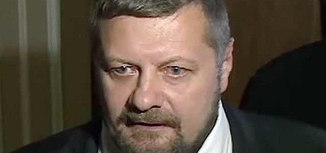 Радикала Мосийчука взорвали на выходе из телеканала