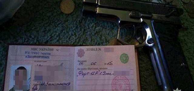 """Последняя """"гастроль"""": банда грабителей в """"погонах"""" терроризировала две области Украины"""