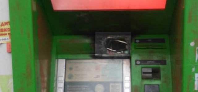 Задержаны преступники, укравшие более 1 млн гривен из банкоматов под Черниговом