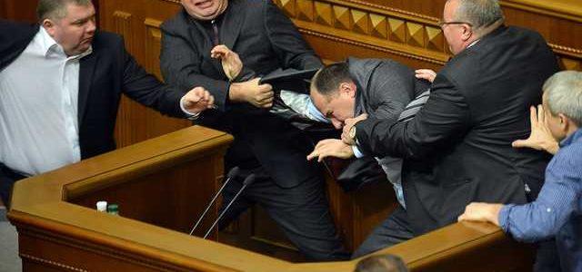 Тимчук пропонує психологічну експертизу для всіх депутатів без винятку: «Вони мають надавати довідки про психічний стан»