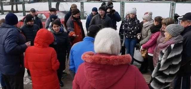 В Чернигове местные жители грозят сжечь новую клинику для наркоманов и людей с ВИЧ