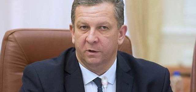 Люди устали от реформ «министра-диетолога» Ревы – блогер