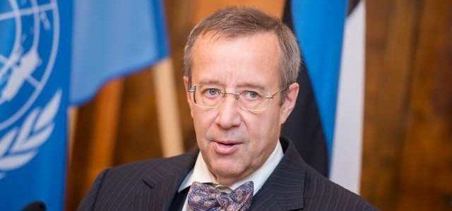 СМИ: Экс-президенту Эстонии запретили въезд в Россию