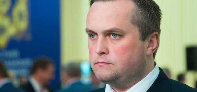 ЦПК: Холодницкий и его семья получили бесплатно пять участков под Киевом. Он говорит, что все законно