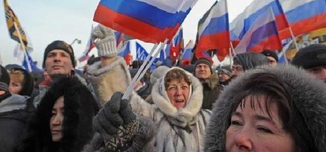 Путин начал массовое переселение россиян в Крым – Климкин