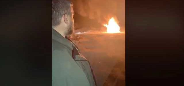 Лидер «евробляхеров» в знак протеста сжег свой Range Rover