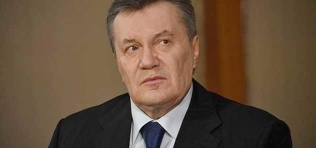 ''Не может даже подняться'': стало известно, на сколько слег Янукович