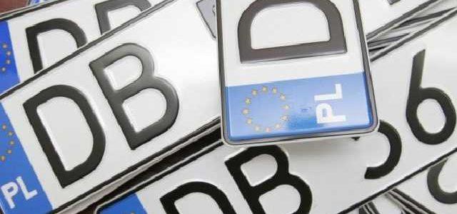 Налоговая требует уже с завтрашнего дня начинать платить за «евробляхи»