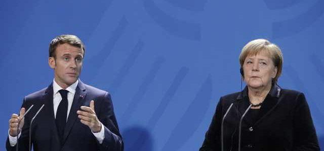 Освободить до Нового года: Меркель и Макрон поставили Путину ультиматум