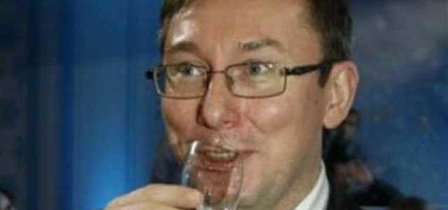 «Шо ты, с*ка, знаешь про чифир?»: Луценко рассказал, как пил с Януковичем