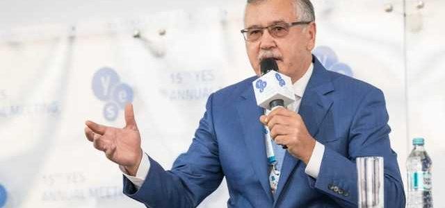 Гриценко: Ющенко меня уволил, когда я не дал его сыну 7 гектаров земли в Одессе