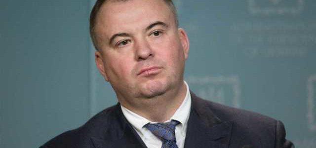 Уходя из СНБО Гладковский не получил премию и заработал в феврале в два раза меньше коллег