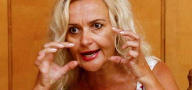 «Доктор» Зеленского диагностировал у Фарион легкую форму шизофрении: «А может и не легкую»
