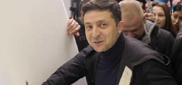 Зеленский объяснил, почему отказался сдавать анализы вместе с Порошенко