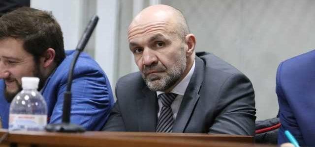 Эпидемия: накануне судебных заседаний по делу Гандзюк заболел Мангер и судья