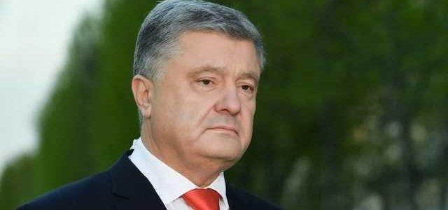 Порошенко рассказал, что обсуждал с Меркель и Макроном
