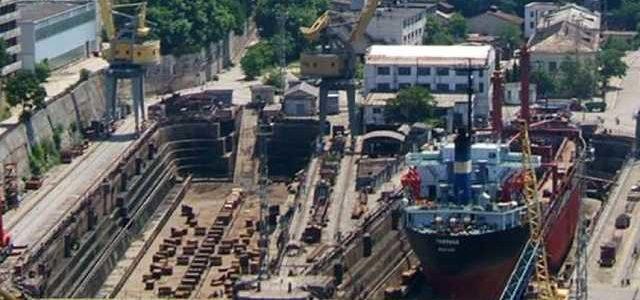 В Росії твердять, що офіційно «віджали» севастопольський завод у Порошенка